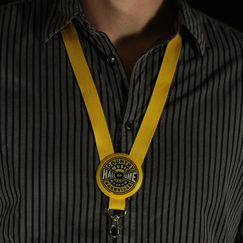 Lanyard's button & badge